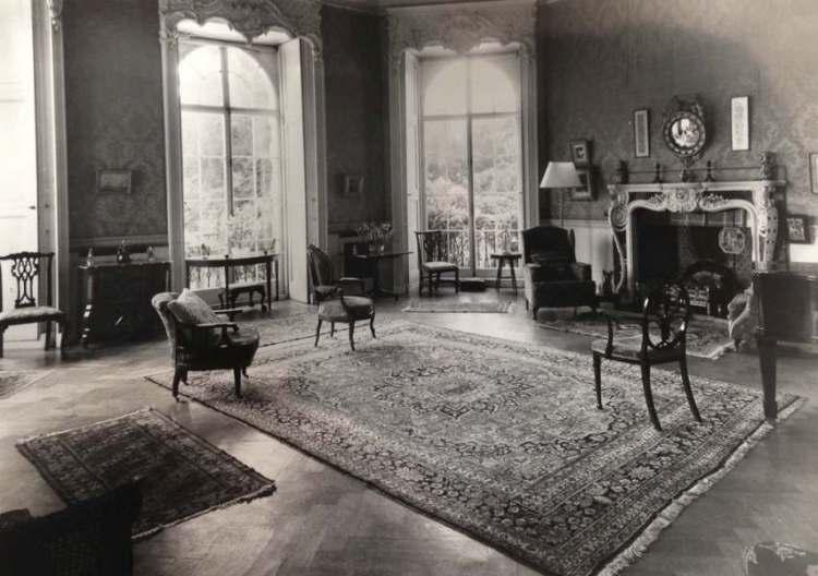 Minto Interior