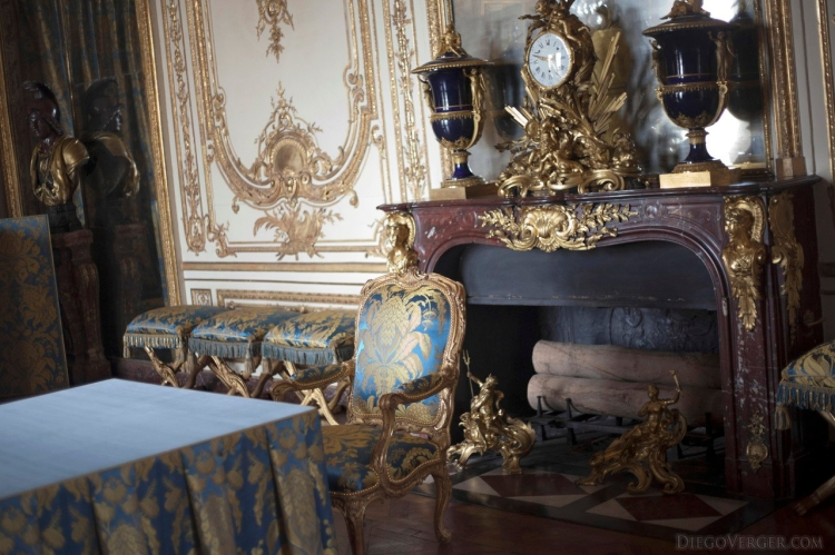 9661-palace-versailles-france-council-cabinet-king-apartments